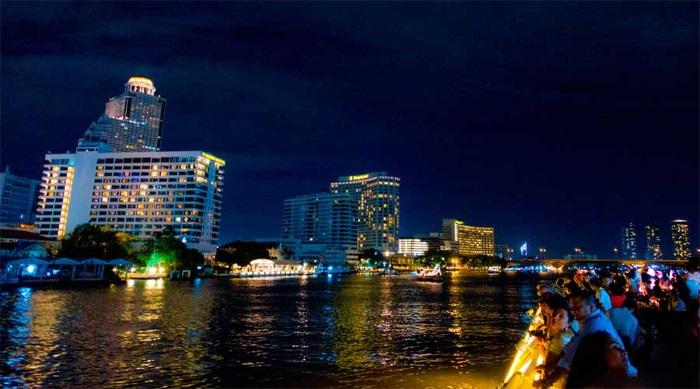 Sông Chao Phraya tuyệt đẹp về đêm