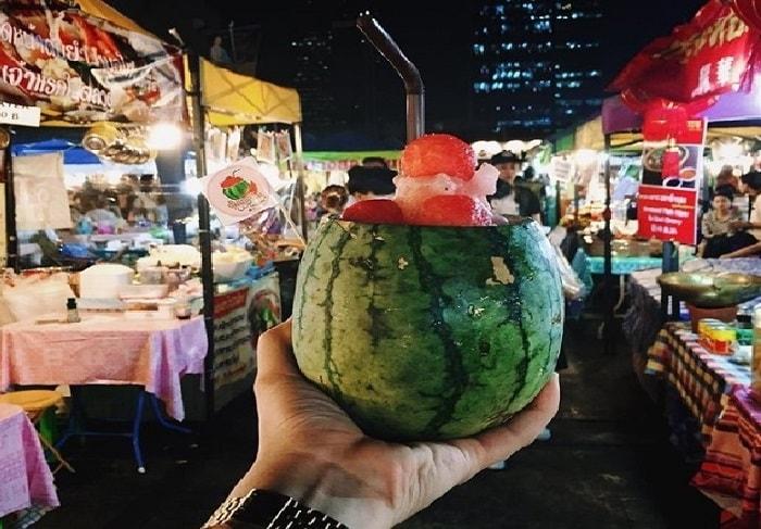 Những khu chợ đêm nổi tiếng nhất Thái Lan
